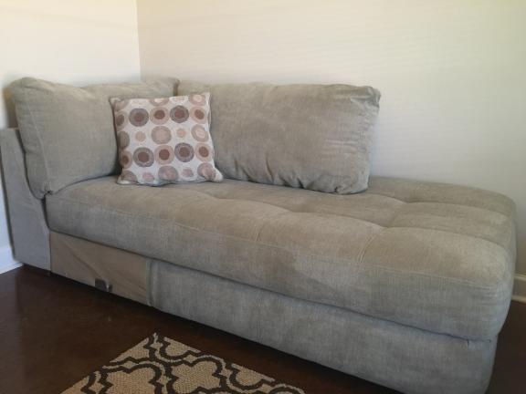 Enjoyable Conway Ar L Sectional Sofa Plus Large Ottoman Download Free Architecture Designs Licukmadebymaigaardcom