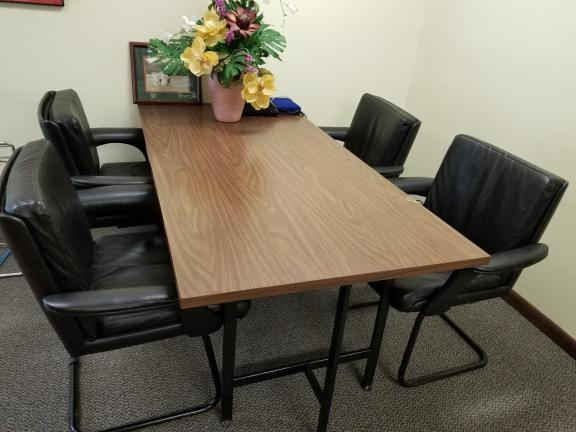 Office Business Desk With 4 Chairs For In Parsippany Nj