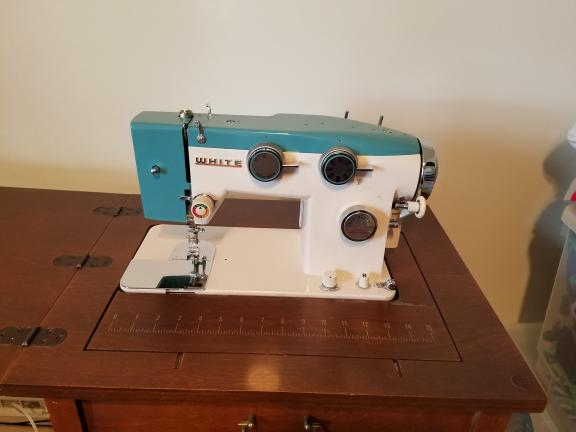 Sidney OH White Sewing Machine And Accessories Interesting White Sewing Machine For Sale