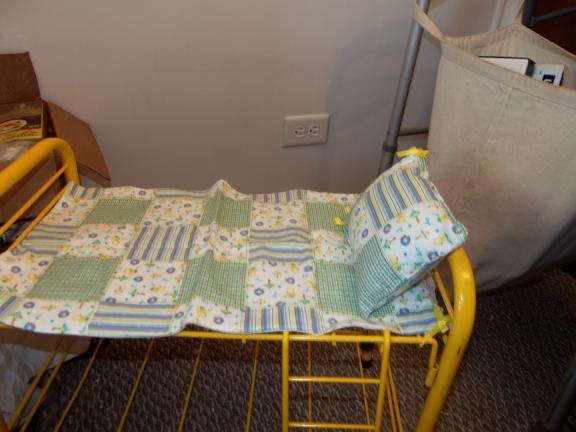 American Girl 18 Yellow Metal Doll Bunk Bed