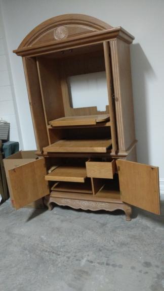 Entertainment Armoire   Hooker Furniture